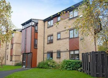 Thumbnail 2 bedroom flat to rent in St. Pauls Court, Reading, Berkshire