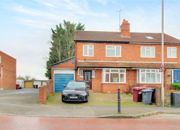 Thumbnail 5 bed detached house to rent in Northumberland Avenue, Reading, Berkshire