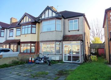 Thumbnail 2 bed flat to rent in Eastern Avenue, Newbury Park, Ilford