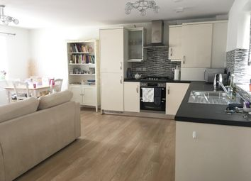 Thumbnail 2 bed maisonette to rent in Evans Grove, Biggleswade