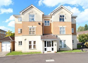 Thumbnail 1 bed flat to rent in Richmond Avenue, Thatcham