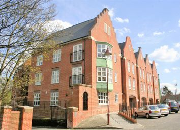 Thumbnail 2 bed flat to rent in Watling Mansions, Watling Street, Radlett