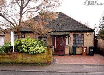 4 bed detached bungalow for sale in Hamilton Road, Hunton Bridge, Kings Langley, Hertfordshire WD4