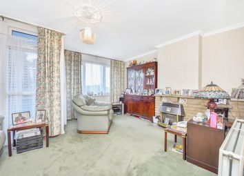 3 bed maisonette for sale in Battersea Park Road, London SW8