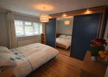 Thumbnail 5 bed property to rent in Warren Road, London