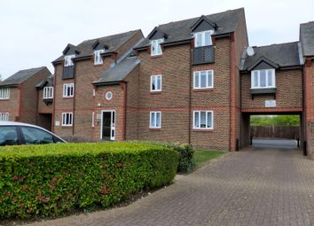 Thumbnail 2 bed flat to rent in Douglas Road, Tonbridge