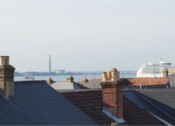 Thumbnail 3 bed flat to rent in Kings Road, East Cowes