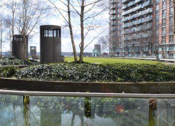 Thumbnail 2 bedroom flat to rent in New Providence Wharf, 1 Fairmount Avenue, Blackwall Way, Canary Wharf, London