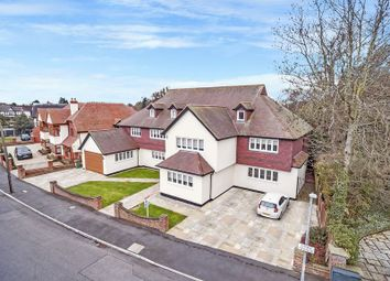 Thumbnail 8 bed detached house for sale in Links Avenue, Gidea Park, Romford