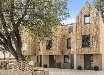 Thumbnail 3 bed flat for sale in Eastern Road, East Finchley