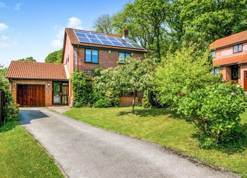 Thumbnail 4 bed detached house for sale in Tylcha Ganol, Tonyrefail, Porth