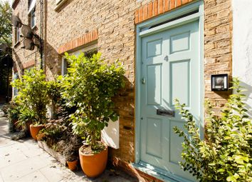 Thumbnail 3 bed property for sale in Glading Terrace, Stoke Newington