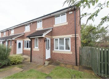 Thumbnail 3 bed town house for sale in Newland Avenue, Barnsley
