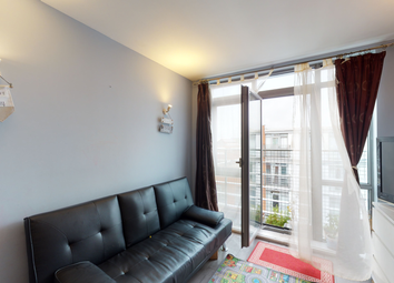 Thumbnail 1 bed flat to rent in The Odeon, Ilondon