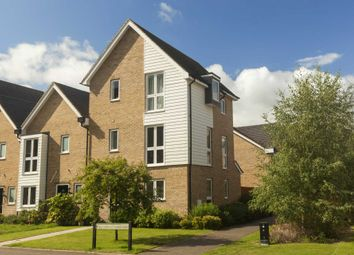 Thumbnail 4 bed town house for sale in Butterfly Crescent, Nash Mills, Hemel Hempstead