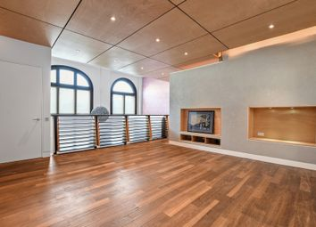 Thumbnail 2 bed maisonette to rent in Archway Road, Highgate
