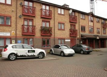 Thumbnail 3 bed duplex to rent in Russia Lane, Bethnal Green