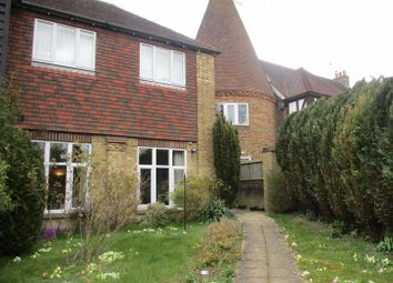Shoreham Road, Otford, Sevenoaks TN14. 2 bed flat for sale