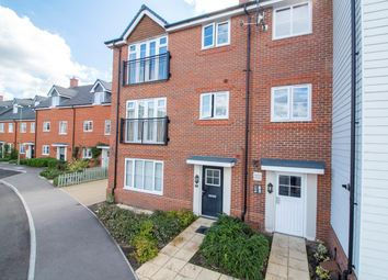 2 bed maisonette for sale in Jubilee Drive, Church Crookham, Fleet GU52