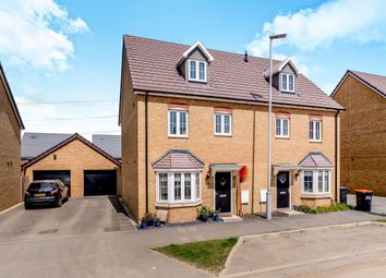 Thumbnail 4 bed semi-detached house for sale in Theedway, Leighton Buzzard