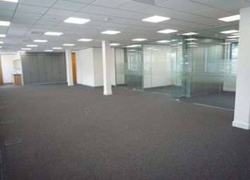 London Road, Camberley GU15. Office to let