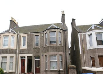 Thumbnail 2 bedroom flat to rent in Gladstone Street, Leven