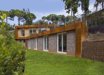 Thumbnail Villa for sale in Padenghe Sul Garda, Brescia, Lombardia