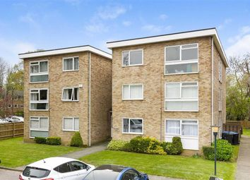 Thumbnail 1 bed flat for sale in Cooden Close, Bromley, Kent