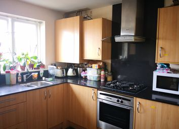 Room to rent in St. Davids Square, London E14