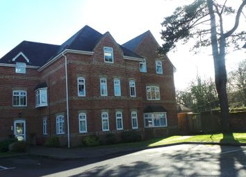 Thumbnail 2 bed flat to rent in Paxton Road, Fareham