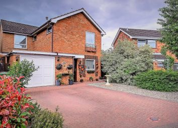 Thumbnail 3 bed detached house for sale in Kings Road, Norwich