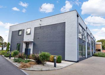 Thumbnail 1 bed flat for sale in Kelvin Road, Newbury