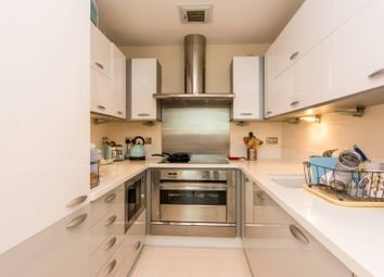 Thumbnail 3 bed flat to rent in Kingsway, Finchley