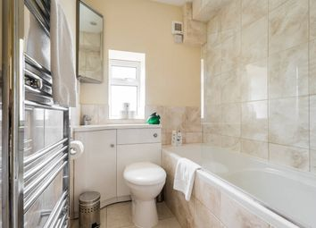 Thumbnail 3 bed flat to rent in Chelsea Manor Court, London