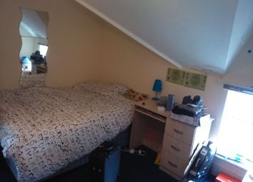 Thumbnail 2 bedroom flat to rent in Claude Road, Roath, Cardiff