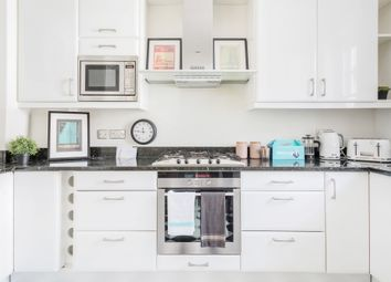 Thumbnail 3 bed flat to rent in Page Street, London