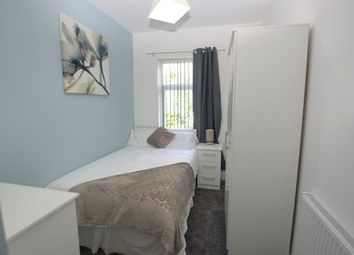 Thumbnail Room to rent in Leigh Road, Hindley Green, Wigan