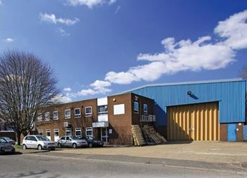 Thumbnail Warehouse to let in 6 Finway Road, Hemel Hempstead Industrial Estate, Hemel Hempstead