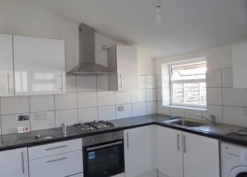 2 bed maisonette to rent in St. Johns Road, Southall UB2