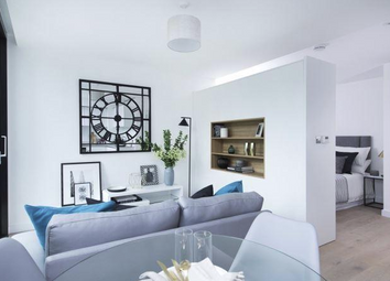 Thumbnail 1 bedroom flat for sale in Hill House, 17 Highgate Hill, London