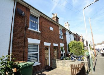 Thumbnail 2 bed property to rent in Meadow Road, Southborough, Tunbridge Wells