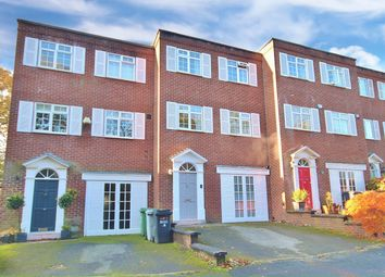 4 bed mews house for sale in Briarwood, Wilmslow SK9