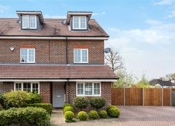 Thumbnail 3 bedroom detached house for sale in Cheyne Park Drive, West Wickham