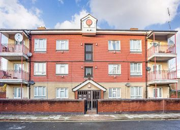Thumbnail 2 bed flat to rent in Mcewen Way, London