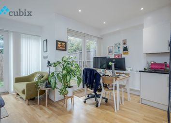 Thumbnail 1 bed flat for sale in Chatham Street, London