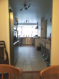 Thumbnail 5 bed town house to rent in Knighton Close, Caversham, Reading