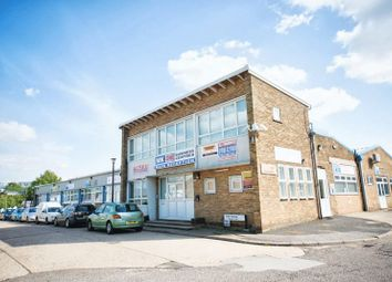 Thumbnail Property to rent in First Avenue, Bletchley, Milton Keynes