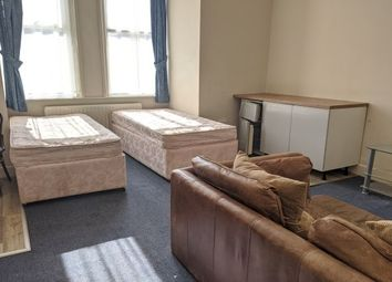 Thumbnail 1 bed property to rent in Shirley Avenue, Southampton
