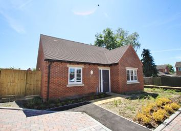 Thumbnail 2 bed detached bungalow for sale in Blacklands Road, Benson, Wallingford