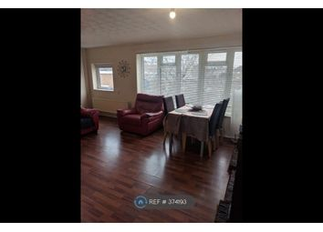 Thumbnail 2 bed maisonette to rent in Sandland Close, Dunstable